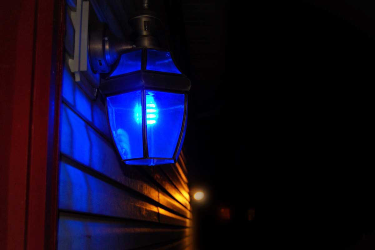 Blue lights honoring Law Enforcement